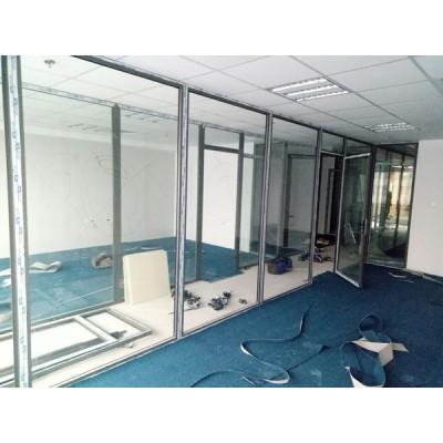 Làm cửa nhôm Việt Pháp cho văn phòng tại Hà Nội