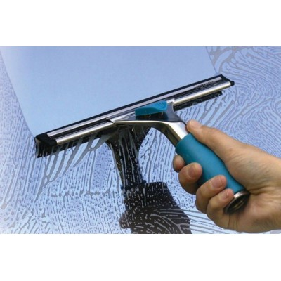 Cách vệ sinh kính cường lực sạch sẽ và đơn giản