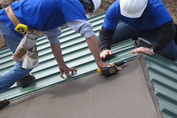 Nhận thi công lợp mái tôn trong các quận TPHCM và các tỉnh lân cận